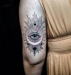 Thanks Emily! Hand Tattoos, Tattoos Mandala, Sternum Tattoo, Unique Tattoos, Body Art Tattoos, Sleeve Tattoos, Xoil Tattoos, Octopus Tattoos, Forearm Tattoos