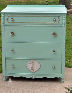 Hometalk :: Painted Petite Dresser