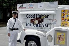 The Good Humor ice cream man and his truck. Remember when the bells rang? I loved the Toasted Almond and Chocolate Eclair bars. Ice Cream Man, Best Ice Cream, Vintage Trucks, Old Trucks, Vintage Diner, Lifted Trucks, Good Humor Man, Good Humor Ice Cream, Foto Picture