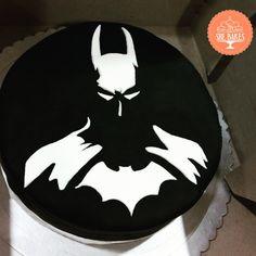 The BatCake! Super stuffed with rich Chocolate Ganache and Oreo Crunch. #SheBakes #AllGoodThingsOfLife #BatmanCake #Batman #DarkKnight #gothamcity #gothamcityneedsahero #BatCake #batmanlover #cristainbale #marvel #NerdAtHeart #Nerd #Chef #cheflife #Baker #BakeMyCake #Bakery #HighLife #homebakers #homechefs #Instagram #Instaclick #Instapic #instadaily #igers #instalike #TagsForLikes #likeforlike