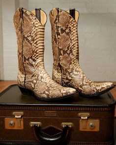a7a2c76cf5a 24 Best Snakeskin Cowboy Boots images in 2017 | Boots, Cowboy boots ...