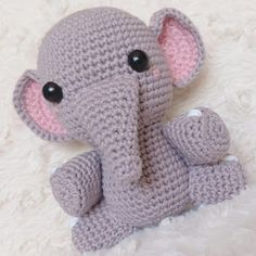 Elefante peluche, amigurumi de Two bee, patron gratis.Elephant Plush, amigurumi by Two bee,free pattern.. - amibaby