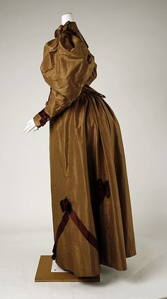 Bronze silk dress (side view), American, 1893-94.
