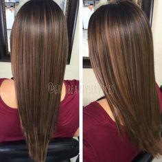 Braun mit dunklen strähnen