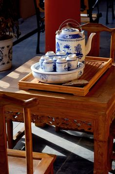 Chinese tea shop-includes food, art, travel tips