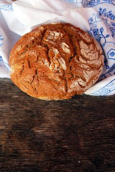 Eltefritt byggbrød. 14 timer(!) - Dette brødet holdt bare en dag, fordi det var så godt. Foto: Lise von Krogh