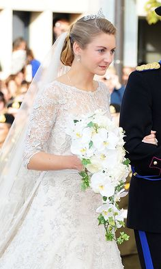 As Hereditary Grand Duke Guillaume and Countess Stéphanie de Lannoy tied the knot in 2012, the bride held a cascading bouquet of white orchids created by Maison Lachaume. The Parisian creation complemented the over 3,000 blooms adorning Our Lady of Luxembourg cathedral where the ceremony was held.