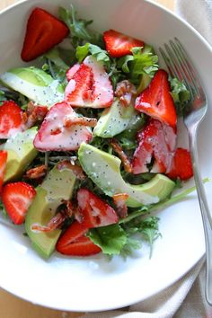 Strawberry Avocado Kale Salad w/ Bacon Poppyseed Dressing- I would make it without the bacon but this seriously looks delicious!