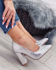 112c7bd82653 Marie s Looks (mariesstylist). These fashionable silver women s shoes ...