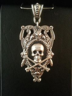 Classic Halloween Skull Pirate Theme Necklace Creative Sense of Jewelry、Pop