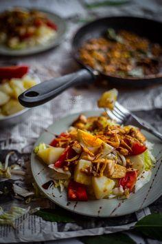 Gado Gado (Indonesian vegetable salad with peanut and coconut dressing)