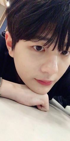Choi Bomin golden child Extended Play, Jaehyun, Woollim Entertainment, Golden Child, Vixx, Pop Group, Beautiful People, Teen, Kpop