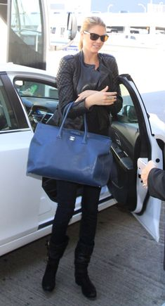 92c356aa8e9c 21 Best Chanel executive tote Bags  images