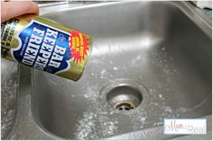 How To Clean Your Stainless Steel Kitchen Sink - Mom 4 Real | I LOVE Bar Keepers Friend! It is great on porcelain tubs too!
