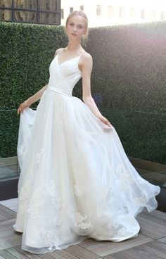 Organza V-neck ball gown with lace applique by Kelli Faetanini