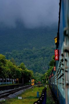 Beautiful View at Karwar Railway Station, India Amazing Places On Earth, Beautiful Places To Travel, Best Places To Travel, Cool Places To Visit, Kerala Travel, India Travel, Landscape Photography, Nature Photography, Travel Photography