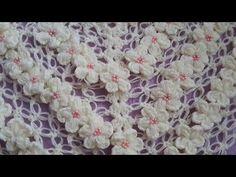 yakadan başlama üçgen şal /Crochet : Punto en Relieve Combinado - YouTube