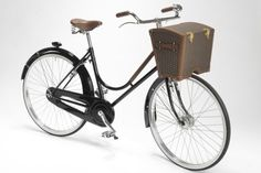 La Malle Bicyclette with Moynat Picnic Basket Tricycle, Bicycle Basket, Bicycle Accessories, Vintage Bikes, Trunks, Product Launch, Leather, Wheels, Bike Stuff