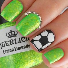 Join the entire globe in celebrating the 2014 World Cup by creating sporty nail art. Soccer Nails, Football Nails, Sport Nails, Girls Nail Designs, Nail Polish Designs, Nail Art Designs, Cute Nails, Pretty Nails, Hair And Nails