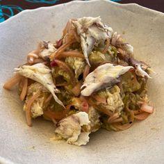Así ha quedado la ensalada de patata y lubina ahumada de @ahumadoskira Cabbage, Vegetables, Instagram, Food, Smoker Cooking, Salads, Sea Bass, Board, Essen