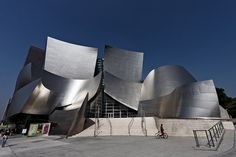 Walt Disney Concert Hall. I want to sing here again.