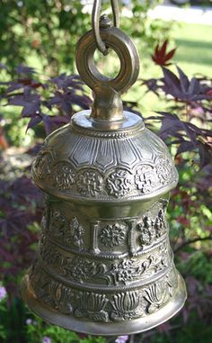 Temple bell for my meditation garden! Meditation Garden, Meditation Space, Everest Vbs, Temple Bells, Ring My Bell, Kyushu, Indian Home Decor, My Dream Home, Decorative Bells