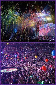 AHFOD Tour 2016 - Detroit Coldplay Live, Coldplay Concert, Dj Music, Music Is Life, Beautiful World Lyrics, Groupe Pop Rock, Coldplay Wallpaper, Chris Martin Coldplay, Concert Crowd