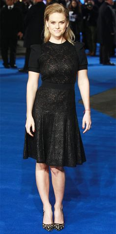 Alice Eve attended the London premiere of Night At The Museum: Secret Of The Tomb in a demure short sleeved lace LBD by Emanuel Ungaro. Eve added to her look with printed Bionda Castana pumps and sleek Jennifer Fisher jewelry.