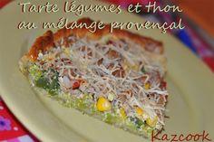 une tarte estivale délicieuse avec Florisens :p http://kazcook.com/blog/archives/671-Tarte-legumes-et-thon-au-melange-provencal.html