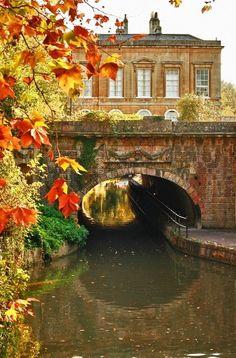 Rew Elliott: Of Character and Charm: Bath, England