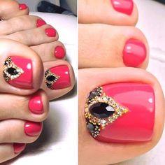 25 cute toe nail art designs - toenail art ideas polished in 2019 nagels,. Pretty Toe Nails, Cute Toe Nails, Pedicure Nail Art, Toe Nail Art, Nagel Bling, Gel Nails French, Nagel Hacks, Feet Nails, Toenails