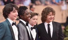 SAG Awards can i just point out lucas's hair lol