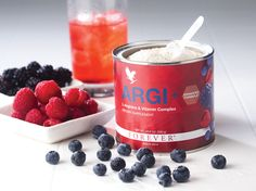 ARGI + est un produit quivous apporte 1.5 grammes deL-Argininepar portion plus un complexe synergique de vitamines pour donner à votre corps une impulsion dont il a besoin.  Bienfaits:  Aide l'organisme à récupérer après un effort prolongé stimulant le développement de la masse musculaire.  Augmente la production d'oxyde nitrique et créatinine qui jouent tous deux un rôle essentiel dans la dilatation et la relaxation des vaisseaux sanguins.  L-arginineaide aussi à stimuler et à…