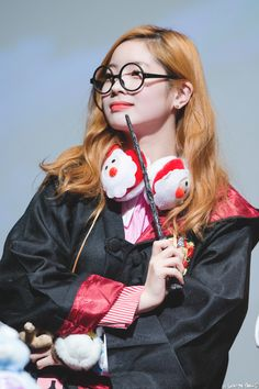 TWICE - Dahyun Kpop Girl Groups, Korean Girl Groups, Twice Members Profile, Twice Group, Twice Dahyun, Girl Day, Nayeon, South Korean Girls, Mini Albums