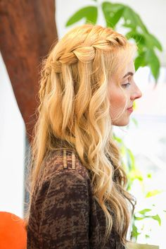 DIY This Daenerys-Inspired Waterfall Braid: We're constantly getting major hair inspiration from the entire cast of Game of Thrones, and Daenerys's long platinum locks top our envy list.