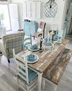 Beach Cottage Kitchens, Beach Cottage Style, Beach Cottage Decor, Beach Condo Decor, Florida Condo Decorating, Small Beach Houses, Moraira, Table Bar, Cottage Furniture