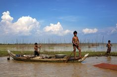 Children setting fishing traps in Cambodia - Experience Culture #ExpediaWanderlust
