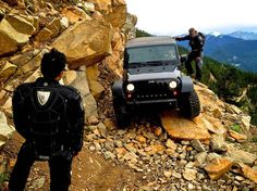 Love off road Hummer, Jeep Land Rover, Jeep Jk, Jeep Wrangler Unlimited, Car In The World, Jeep Life, Outdoor Life, Offroad, Cool Cars