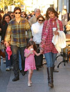 Tom Cruise has not seen his daughter Suri in 100 days  Read more: http://www.luxuryandlifestyles.com/tom-cruise-has-not-seen-his-daughter-suri-in-100-days/#ixzz2kNYWnAGi