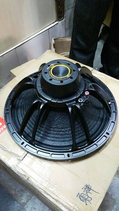 http://www.paspeakersindia.com/ Gaurav Electronics manufacture, supply and export best pa speakers in India. We are also offering the best speaker parts in all over India.