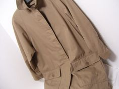 London Fog, Car Coat, Overcoat, Trench coat, size Petite 6, Small, Khaki 3/4 Length, Option Zip out Lining Fully lined with the option zip out lining Button front self belt  Pristine Find – never worn – no flaws or issues to state  Details MARKED A SIZE petite 6 special edition  Bust approx 44  Total Length approx 30 Underarm seam to cuff approx 15   Label London Fog  Care washable   PLEASE READ DETAILS AND MEASUREMENTS CAREFULLY. (DOUBLE CHECK THEM) CONTACT US WITH YOUR QUESTIONS/CONCERNS…