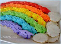 mini graduation themed rainbow cookie platter :) Graduation Cookies, Cookie Tray, How To Make Cookies, Sugar Cookies, Sweets, Rainbow Cookie, Mini, Platter, Babies