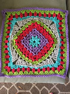 """diamond-in-the-rye 12"""" free crochet granny afghan square pattern on Ravelry"""