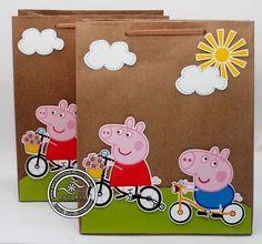 centros de mesa peppa pig - Google Search Fiestas Peppa Pig, Cumple Peppa Pig, Pig Birthday, 4th Birthday Parties, Bolo Da Peppa Pig, Build A Bear Party, George Pig Party, Pig Candy, Pig Crafts