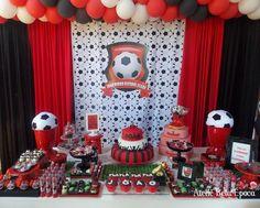 Ficou show de bola essa festa.  Email:contato@abelaepoca.com.br  Blog: www.abelaepoca.co...