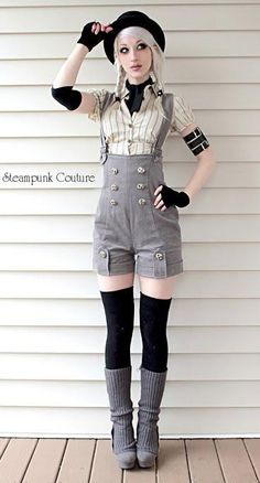 Steampunk Couture Jumper shorts - I love Shorts with stockings, and these adorable button-front shorts with overall straps are AWESOME! Style Lolita, Lolita Mode, Gothic Lolita, Gothic Girls, Couture Steampunk, Steampunk Images, Mode Punk, Jumper Shorts, Dungarees
