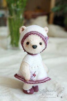 Lily By Olga Nechaeva - Bear Pile
