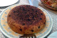 El arroz persa Tachin es un arroz que se sirve como si fuera una tarta, queda…