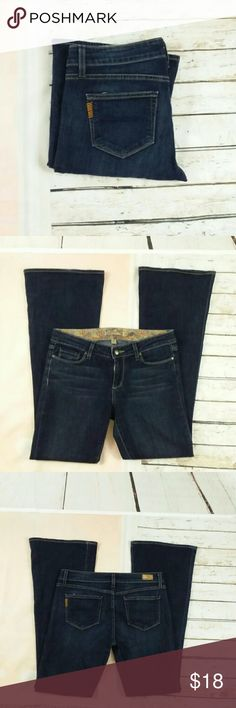 "LADIES BELL CANYON PAIGE PETITE  JEANS SZ 29 This is a pair of ladies Paige petite jeans. The style is Bill canyon. They are size 29 waist. The inseam is 31.5"". They do have a slight flare. They are in great preowned condition and sold without flaws or stains. PAIGE Jeans Flare & Wide Leg"