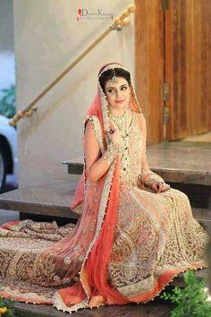 Pakistani Bride - I WANT THAT DRESS. It's soo beautiful mA! & look at all the work on it! I wish I could see her shaadi ka joda, it was probably even more beautiful. Latest Bridal Lehenga, Pakistani Wedding Dresses, Pakistani Outfits, Indian Dresses, Pakistani Clothing, Pakistani Couture, Indian Couture, New Bridal Dresses, Bridal Outfits
